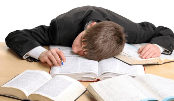 چه اطلاعاتی را در خواب به خاطر میسپریم؟