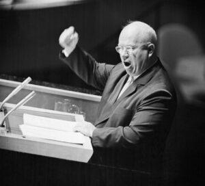 خروشچف در سخنرانی استالین زدایی چه گفت