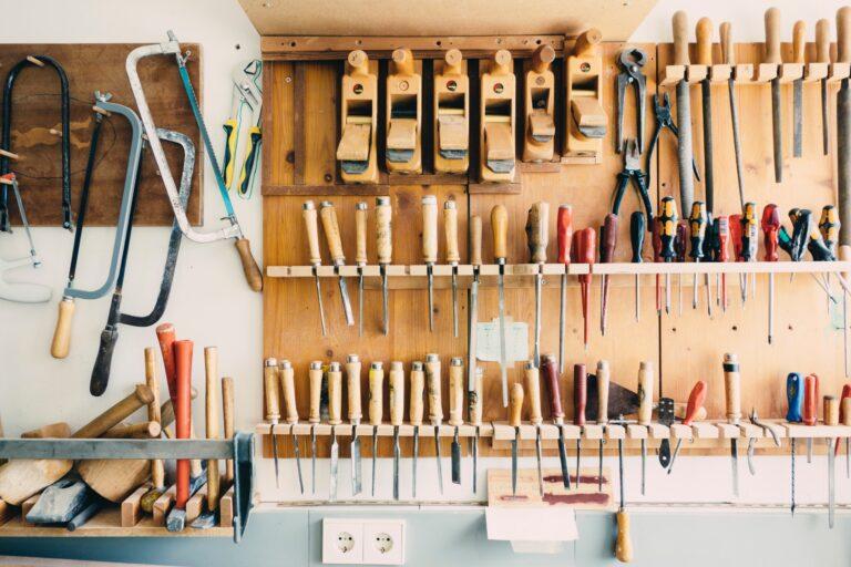 ابزارهای آشنا را رها کن